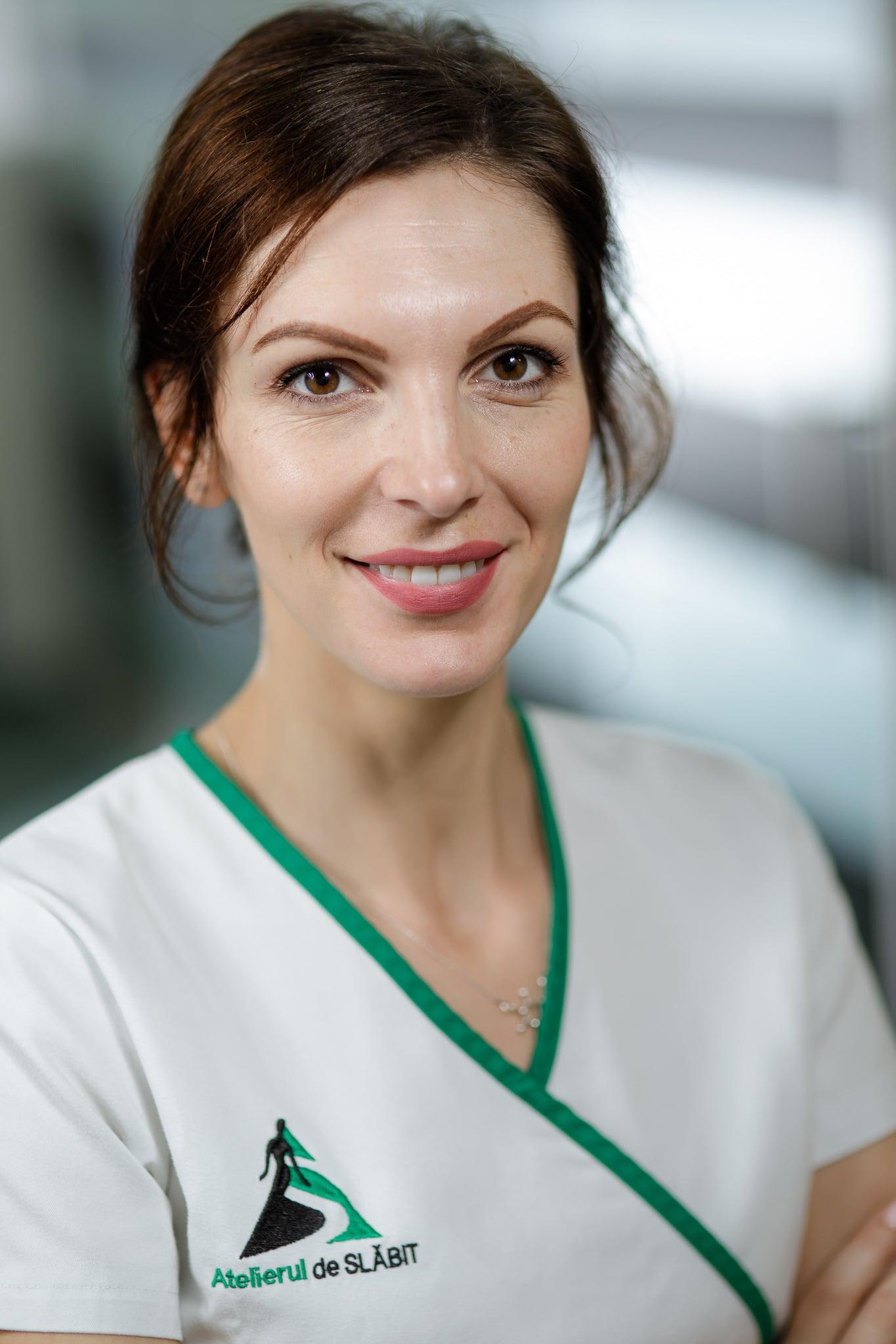 Corina Petrea, Specialist AS