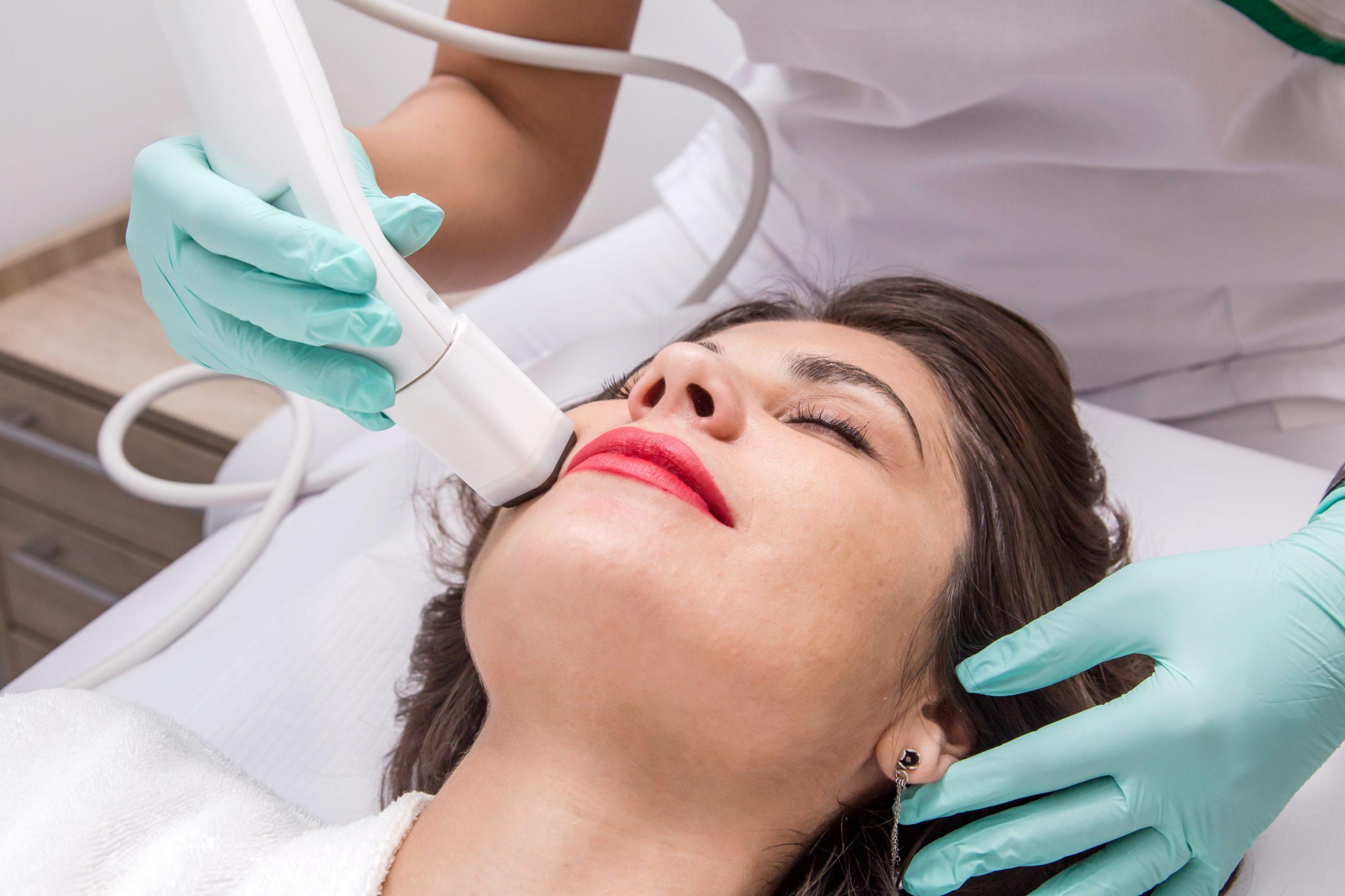 Tratamente Estetica Faciala Femei